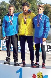 Zilizi Richárd révén a C1- 500 m bronzérme is Komáromba jött.